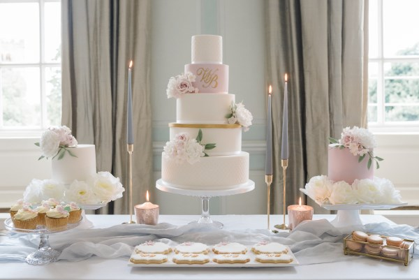 Wedding cake with biscuits