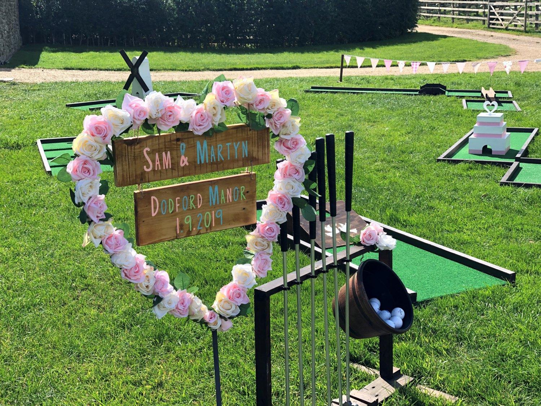 Mini golf at a wedding