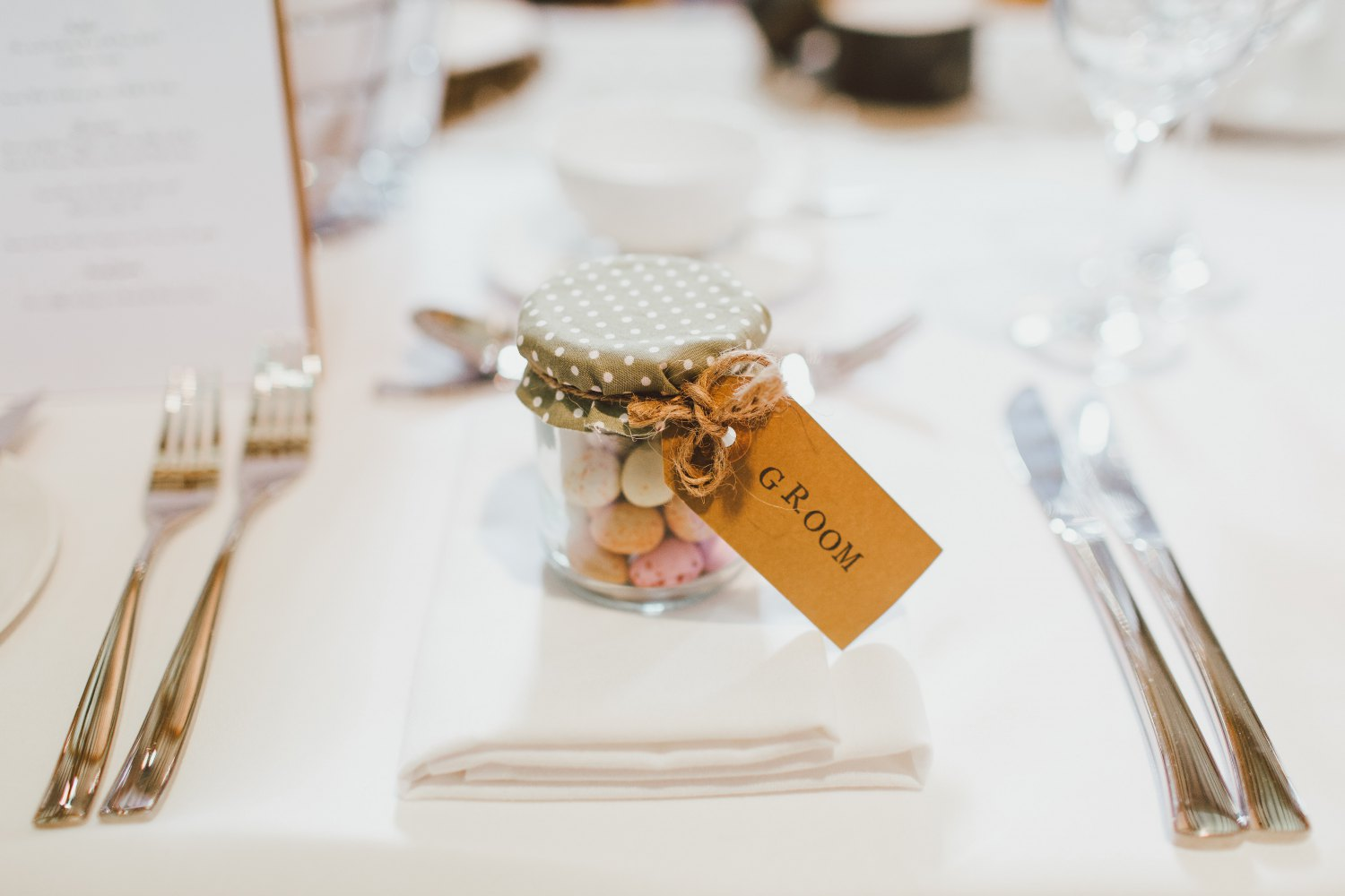 What Are Wedding Favours?